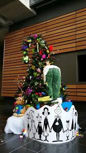 grinch christmas tree best christmas tree dr suess christmas in who ville how