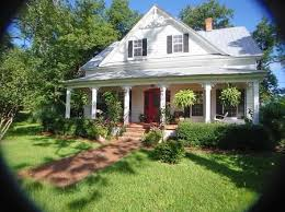 southern country homes historical hideout house farm house and outdoor spaces