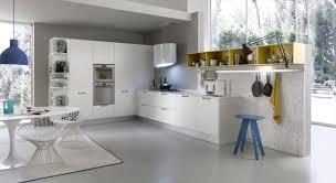 cuisine gris et bleu cuisine blanche et grise galerie blanc laque photo brillant gris