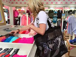 these 16 victoria u0027s secret shopping strategies will save you