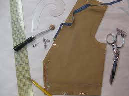 Draping On A Dress Form Leah And The Blog Pt 5 Draping And Drafting