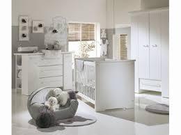 déco chambre bébé gris et blanc chambre bb grise et blanche chambre with chambre bb grise et
