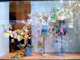 Anthropologie Christmas Window Decorations by 433 Best Window Displays Images On Pinterest Retail Displays
