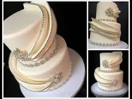 bling wedding cake with wrap around fondant cake by gizangel