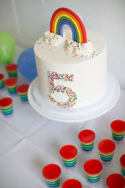the birthday cake best 25 rainbow birthday cakes ideas on rainbow cakes