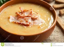 recette de cuisine allemande recette faite maison allemande traditionnelle de soupe aux pois