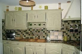 repeindre meuble de cuisine en bois meuble de cuisine en bois massif repeindre une cuisine en bois