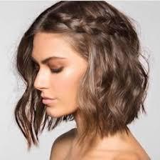 Hochsteckfrisuren Schulterlanges Gestuftes Haar by Die Besten 25 Schulterlange Haare Frisuren Ideen Auf