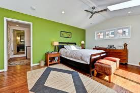chambre vert gris 12 idées de déco pour une chambre rafraîchissante en vert et gris