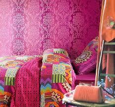 modern elegant bohemian bedroom design that has modern white