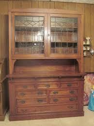 antique tiger oak leaded glass sideboard hutch 5 u0027 x 7 u0027 2 doors 8