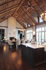 Log Home Interior Design Ideas by 25 Best Ideas About Log Cabin Interiors On Pinterest Log Cabins