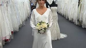 twilight wedding dress twilight wedding dress recreated by carolina herrera inside edition