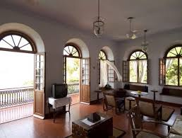 Colonial Style Windows Inspiration Best 25 Colonial Decorating Ideas On Pinterest Colonial West