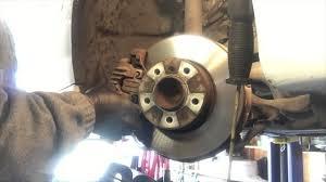 2006 bmw 325i brakes 2006 bmw 325i front brake rotor removal