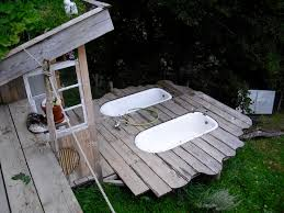 Outdoor Bathtubs Ideas Best 25 Outdoor Bathtub Ideas On Pinterest Galvanized Shower