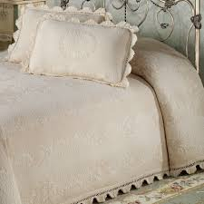 White Matelasse Coverlet Twin Bedroom What Is A Matelasse Bedspread Twin Matelasse Coverlet