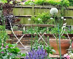 cottage garden in london