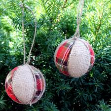 farmhouse style ornaments for