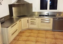 cuisine avec credence inox plan de travail credence cuisine get green design de maison