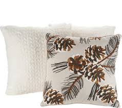 Deck the House by Vivere Home 3 Seasonal Decorative Throw