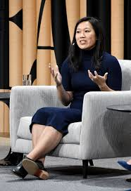Mark Zuckerberg Resume What Does Priscilla Chan Do Mark Zuckerberg U0027s Wife Has A Pretty