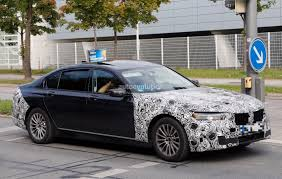 luxury bmw 7 series spyshots facelifted bmw 7 series already shows up in german