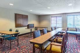 Comfort Inn Evansville In Comfort Inn East 8331 E Walnut Street Evansville In Hotels