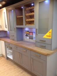 b q kitchen cabinets grey kitchen with oak worktop b u0026q kitchen inspiration