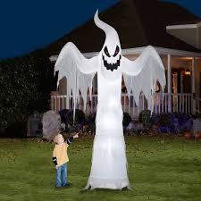 gemmy airblown inflatable 12 u0027 x 7 5 u0027 giant ghost halloween