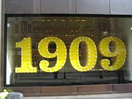 Selfridges Toaster Celebrating Selfridges U0027 100th Birthday Rebekah Roy Fashion Stylist