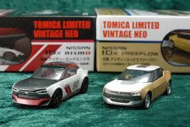 tomica nissan tomica limited vintage neo 1 64 nissan idx nismo u0026 freeflow 2013