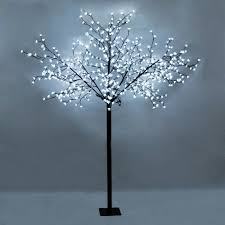 large decorative cool white tree light with 600 leds for