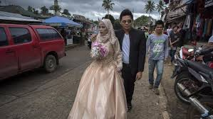 siege liberation photos a wedding in marawi as peace returns after the siege