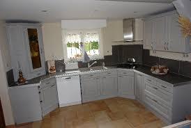 renovation meuble cuisine en chene repeindre des meubles de cuisine rustique free rnovation cuisine