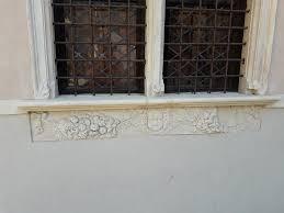 davanzali in marmo soglie e davanzali in marmo realizzati su misura