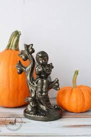 easy to make halloween decorations creepy red eyed figurines momdot