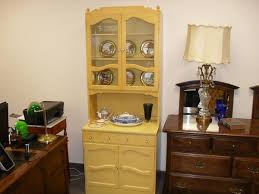 ethan allen china cabinet nice ethan allen china hutch bookcase in daffodil 395 quality