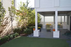 Backyard Grill Chicago by Backyard Landscaping Privacy Fence U0026 Veranda Makeover Bucktown