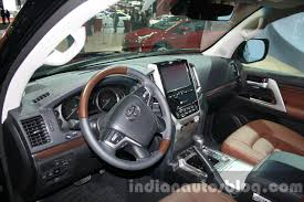 Toyota Land Cruiser Interior 2016 Toyota Land Cruiser Facelift Interior At 2015 Dubai Motor
