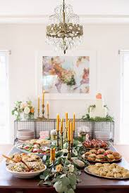 how to throw a memorable housewarming party