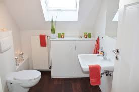 6 tips on how to spruce up your small bathroom