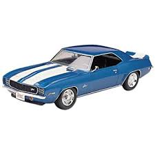79 camaro model car amazon com revell foose 69 camaro z 28 plastic model kit toys