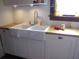 pose evier cuisine evier de cuisine a poser installer un evier a poser installer un