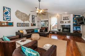 kara u0027s korner house living room