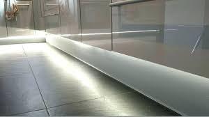 eclairage tiroir cuisine eclairage pour cuisine omlopp led baguette lumineuse pour tiroir