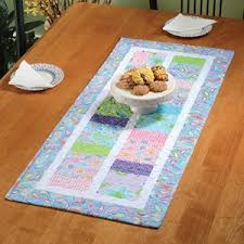 table runners quilters showcase