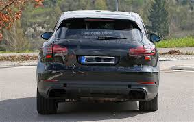 Porsche Cayenne Headlights - 2018 porsche cayenne interior revealed gets larger infotainment
