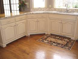 Shabby Chic Kitchen Cabinets Best 25 Distressed Kitchen Ideas On Pinterest Cool How To Distress