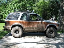 Ford Explorer Lifted - 01 sport 35